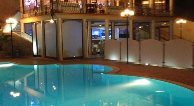 Hotel Solanas - 維拉西米烏斯 - 建築