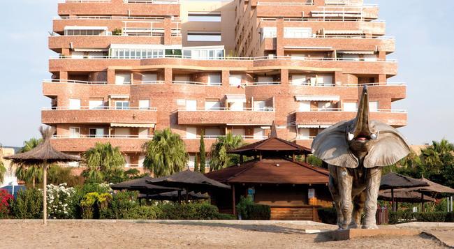 Apartamentos Turísticos Marina d'Or 2 Línea - Oropesa del Mar - 建築