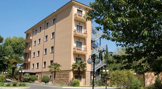 Hotel Cilicia - 羅馬 - 建築