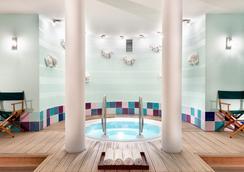 紐倫堡阿格尼斯舍弗酒店 - 紐倫堡 - 健身房