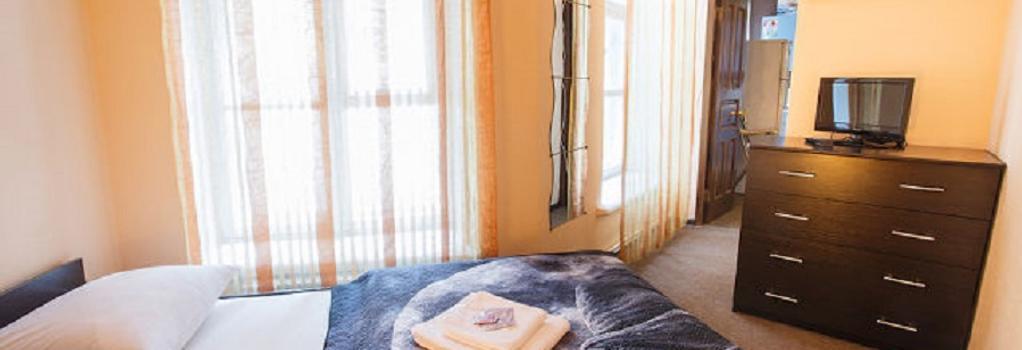 Aleksandr Green Mini-Hotel - 聖彼得堡 - 臥室