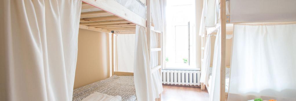 Hostels Rus na Vosstaniya - 聖彼得堡 - 臥室