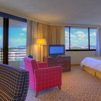 Tampa Marriott Westshore Guest room