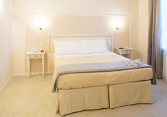 迪莫拉萨尔维亚蒂住宿加早餐旅馆 - 佛羅倫斯 - 臥室