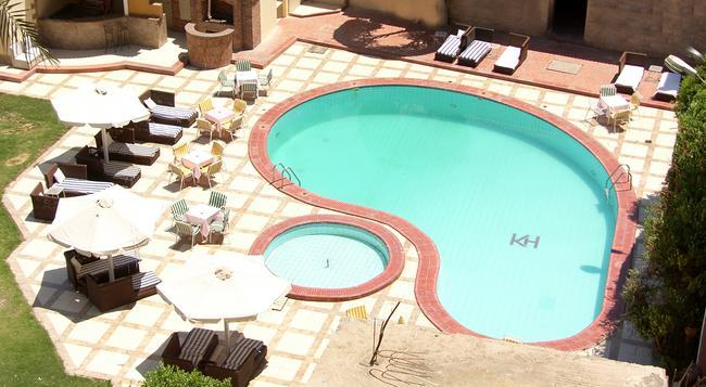 Karnak Hotel Luxor - Luxor - 游泳池