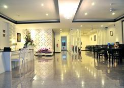 芭東可可尼酒店 - 巴東 - 大廳