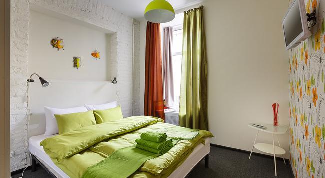 Station Hotel K43 - 聖彼得堡 - 臥室