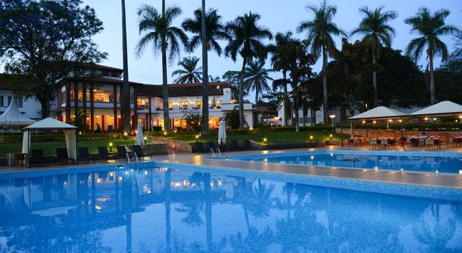 Laico Lake Victoria Hotel - 恩德培 - 游泳池