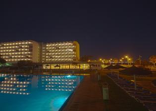 巴伊亞港酒店