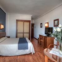 Hotel Puertobahia & Spa Guestroom