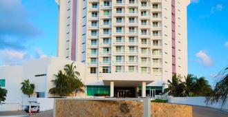 Krystal Grand Punta Cancun - 坎昆 - 建築