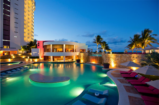 Krystal Grand Punta Cancun - 坎昆 - 游泳池