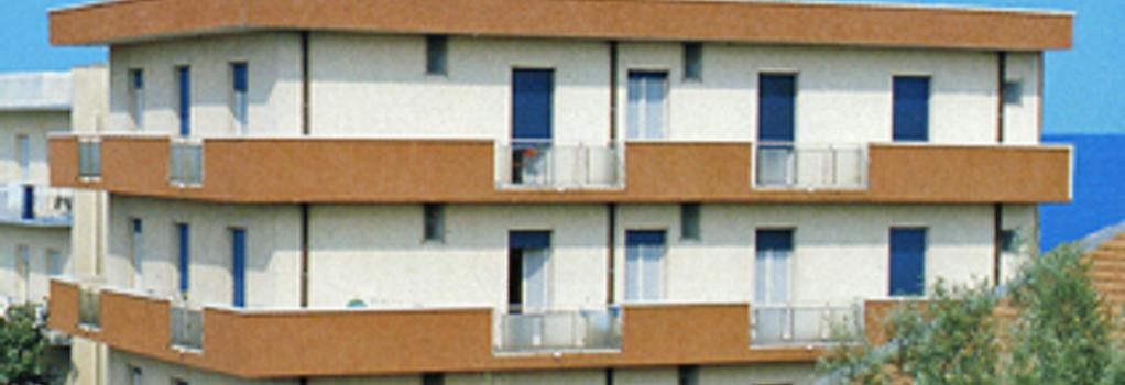 Hotel Napoleon - 里喬內 - 建築