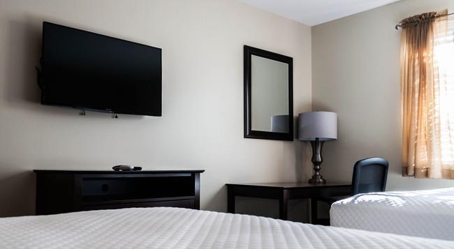 Holmes Suites & Inn - 哥倫布 - 臥室