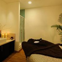 Pestana Chelsea Bridge Hotel & Spa Treatment Room
