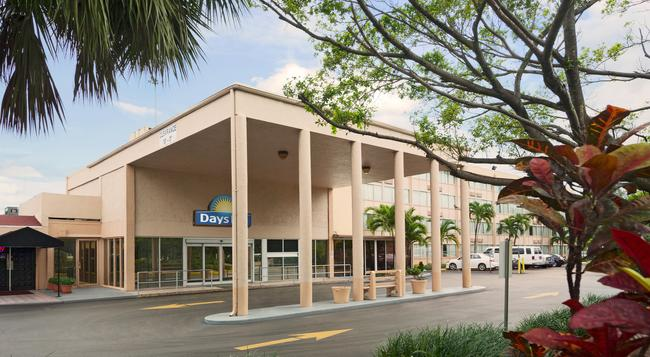Days Inn Miami International Airport - 邁阿密 - 建築