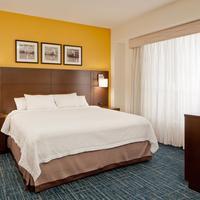 Residence Inn by Marriott Boston Back Bay Fenway Guest room