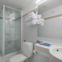 Hotel Brussels Bathroom