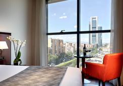 卡斯蒂利亞廣場酒店 - 馬德里 - 臥室