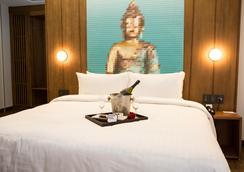 Ikonik Hotel Puebla - 普埃布拉 - 臥室