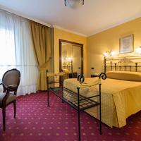 Hotel Fernán González Guestroom
