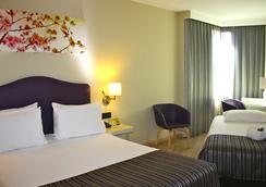 埃克蒙克洛亞酒店 - 馬德里 - 臥室