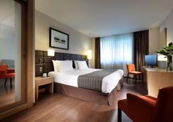 歐洲之星光明之城酒店 - 阿利坎特 - 臥室
