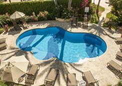 埃爾恩坎托酒店及套房 - 卡波聖盧卡 - 游泳池