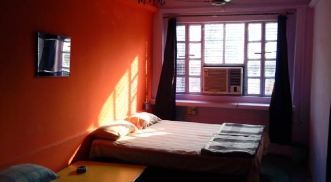 Golden Lodge - 瓦拉納西 - 臥室