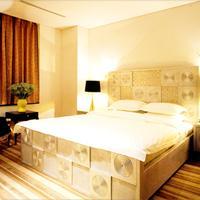 Hotel Philos Guestroom