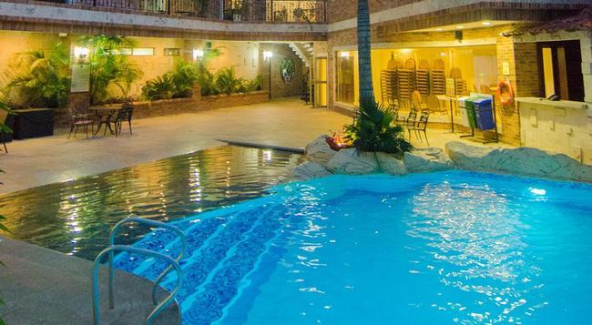 Hotel Windsor Barranquilla - 巴蘭基亞 - 游泳池