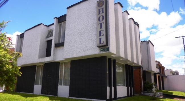 Casa Hotel La Estancia - Bogotá - 建築