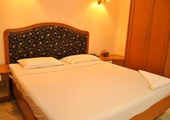 Hotel Atchaya - 清奈 - 臥室