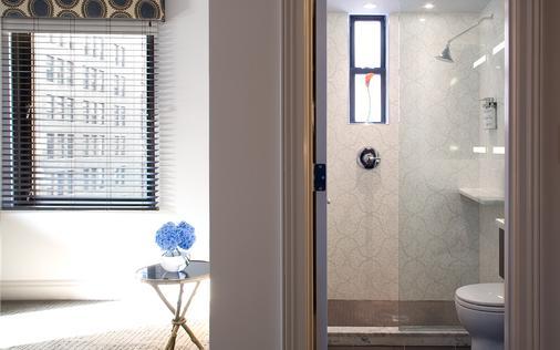 羅杰威廉姆斯酒店 - 紐約 - 浴室