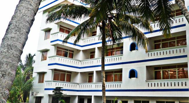 Vedanta Wake up - Kovalam, Hawa Beach - 可瓦蘭 - 建築