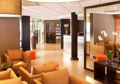 大洋洲艾斯卡勒比亞麗茲酒店 - 比亞里茨 - 大廳