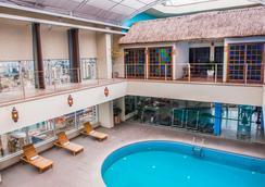 博里尼普羅迪基大酒店 - 聖保羅 - 游泳池
