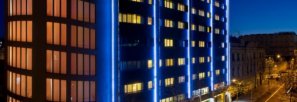 Salles Hotel Pere IV - 巴塞隆拿 - 建築