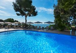 卡拉德爾皮水療酒店 - 薩卡羅 - 游泳池