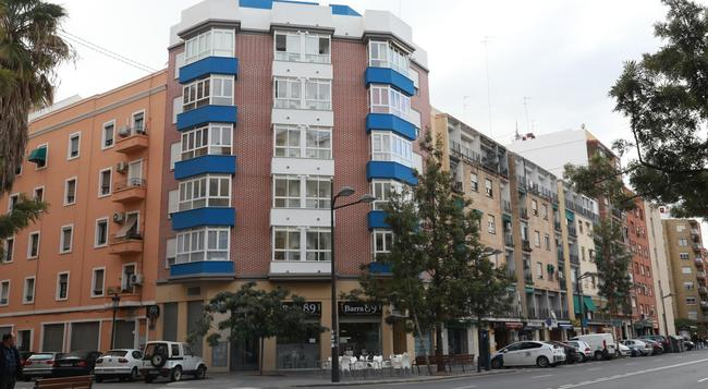 B&B Habitaciones Barra89 - 瓦倫西亞 - 建築