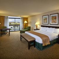 DoubleTree by Hilton San Jose Guestroom