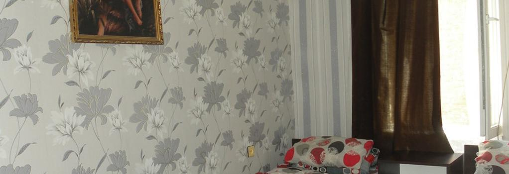 Guest House Nice - 第比利斯 - 臥室
