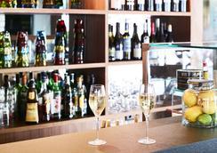 艾米莉亞別墅酒店 - 巴塞隆拿 - 酒吧