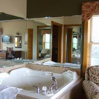 Westgate Branson Woods Resort and Cabins Jetted Tub