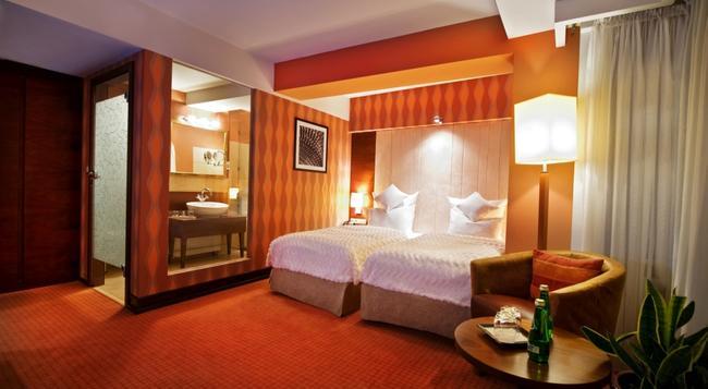 Grand Hotel Boutique - Rzeszow - 臥室