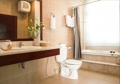 White House Hotel - 峴港 - 浴室