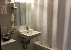 含羞草酒店 - 紐約 - 浴室