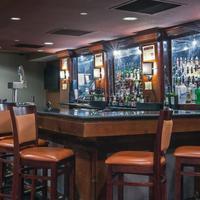 Crowne Plaza Newark Airport Hotel Bar