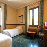 Grand Hotel Gianicolo Guestroom