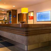 Holiday Inn Express Bremen Airport Reception